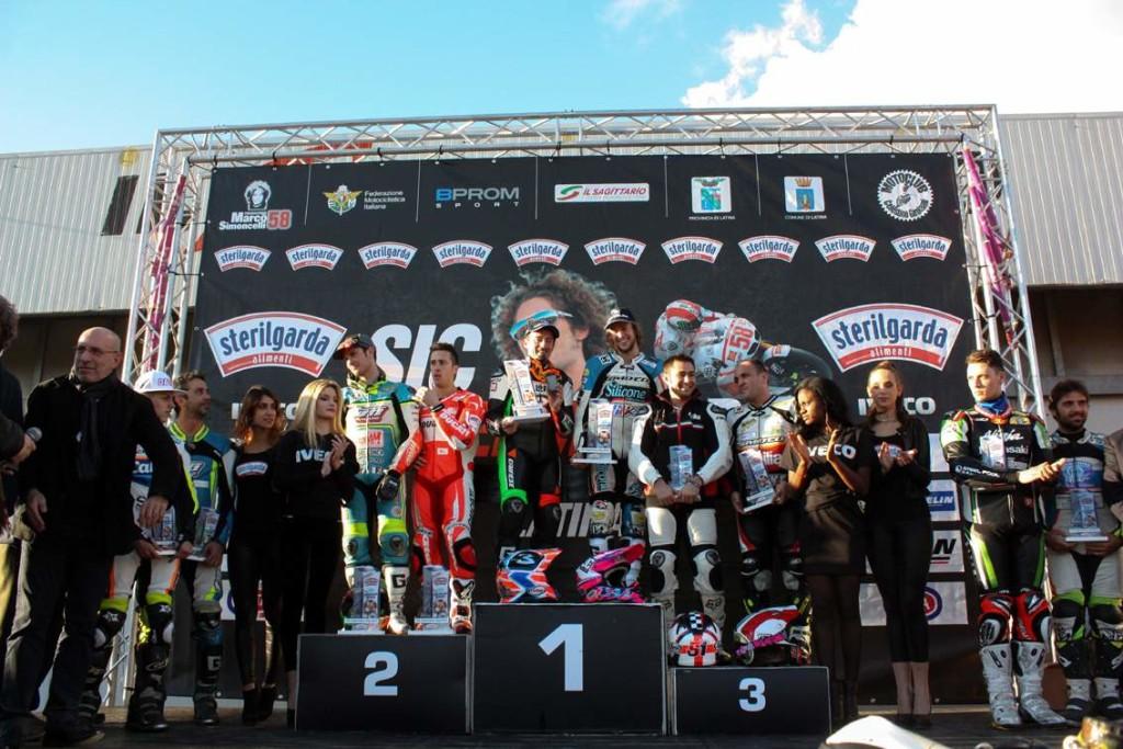 Il podio finale con i vincitori _com_2